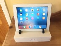 Apple iPad 2 - white - 16GB - touchscreen tablet