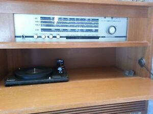 Minty 60's Nordmende Tube Radio/Amp w/ Dual Turntable speakers