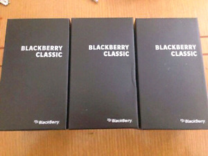 Like new condition unlocked blackberry classic Q20