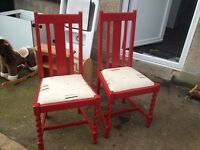 set of 2 dinning chairs good condition only £8.00