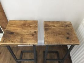2 x RECLAIMED SCAFFOLD BOARD AND METAL STOOLS