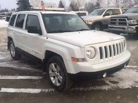 2014 Jeep Patriot ~ 4WD ~ Sunroof ~ Touch Screen ~ $153 B/W