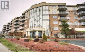 Executive 2 Bedroom Condo in Clayton Park West