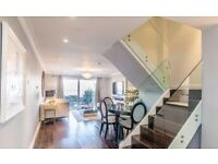 UNIQUE HOUSE WITH 5 BEDROOM TO RENT INC BILLS FURNISHED CALL ME NOW ON 07841025155 MARINERS MEWS E14