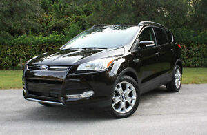 2013 Ford Escape - WINTER TIRES INCL - Low KM!! Priced to Sell