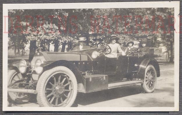 Vintage Car Photo Family in 1914 Marmon Model 48 Automobile 717279