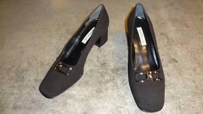 Ann Taylor Logo Pumps Heels Shoes Cloth, Leather Sole, Black 6.5