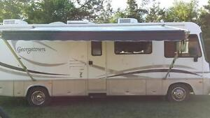 2002 FOREST RIVER 31' RV LOW KILOMETERS