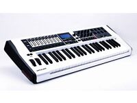 Novation Impulse 49 Limited Edition White £130 ono
