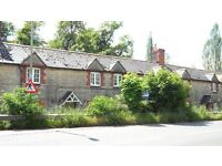 (WOODSTOCK) 4 BEDROOM NEWLY RENOVATED COTTAGE IN WOODSTOCK £1400
