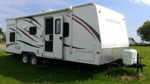 2013  Travel trailer for sale