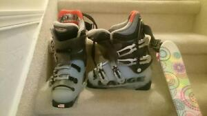 Girl Ski and Boot Set! Great deal at just $190 obo