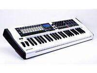 Novation Impulse 49 Limited Edition White £150