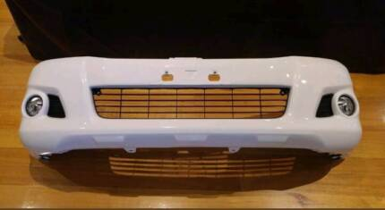 Hilux SR5 bumper bar