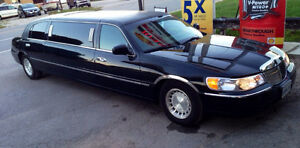 2001 Lincoln Town Car silver Other London Ontario image 6
