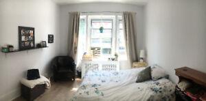 Magnifique et spacieuse chambre TOUT INCLUS à louer !