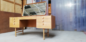 Meredew oak 1960s dressing table