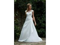 Ivory Romantica Wedding Dress