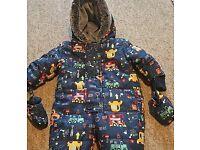 Snowsuit 2 (0-3,3-6), jacket (3-6) kit for £10