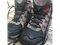 Walking boots - size 4