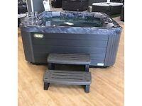 Wellis Pluto hot tub. Plug and play / 32 amp option