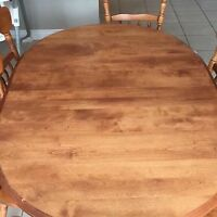 Solid Wood Table With 6 Chairs - Excellent Condition!!!