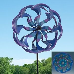 """23"""" Wind Powered LED Metal Spinner"""