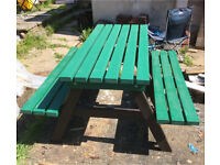 New Recycled plastic solid picnic table