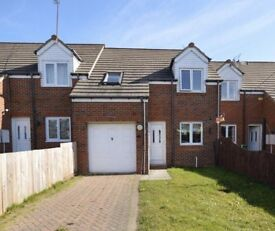Three bedroom house to rent fulwell