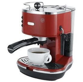 DeLonghi ECO310 Espresso Machine Red £50.00 (RPP £149)