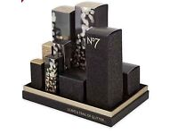 Last one available - Brand New No7 City Lights limited edition Beauty Collection Gift Set RRP £141
