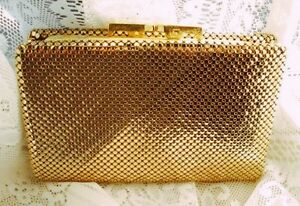 WANTED: gold or silver Glomesh wallet Frenchville Rockhampton City Preview