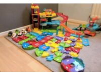 Toot toot track, playsets and vehicles