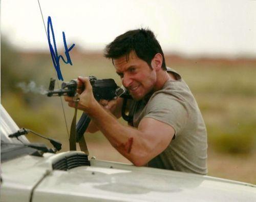 Richard Armitage Strike Back Autographed Signed 8x10 Photo COA #2