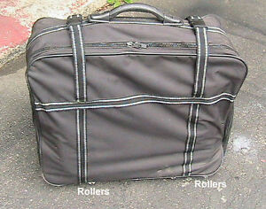 Suitcase very light canvas wheeled