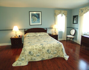 Executive 3-bedroom home on the Bay of Quinte