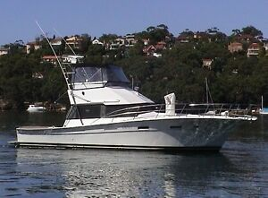 42 FT CHEOY LEE 42FT SPORTS CRUISER  LARGE BACK DECK Seaforth Manly Area Preview