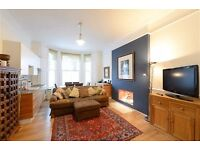 Well designed one bedroom flat on Marloes Road, 3 minutes from Earls Court Tube Station