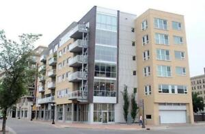 Luxurious condo, Waterfront Dr, unfurnished, 1 bed+den, 2 bath