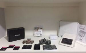 OTICON hearing aids with accessories - full pkg- new condition!