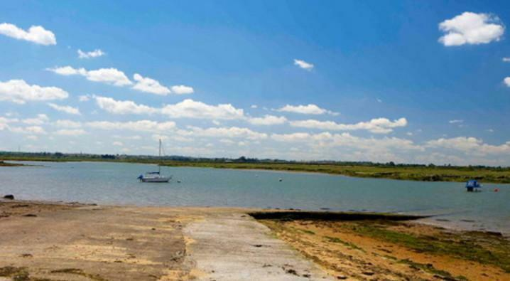 CHEAP FIRST CARAVAN, Steeple Bay, London, Essex, Kent, Sussex, Suffolk