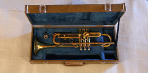 Yamaha YTR-232 Trumpet with case
