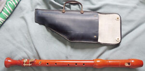 Schreiber wooden Recorder with carry bag