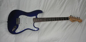 SQUIER STRAT BY FENDER =REDUCED