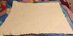 Crochet baby blankets  Cambridge Kitchener Area image 7
