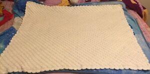 Crochet baby blankets  Cambridge Kitchener Area image 7