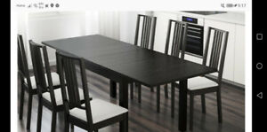 Expandable oak dinning table & cabinet