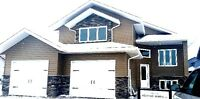 Gorgeous Modified Bi-Level- 1618 SF - New in Warman