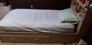 Childrens Bed & Dresser Set