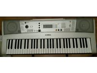 Yamaha PSR-E313 Keyboard ( Good conditions)